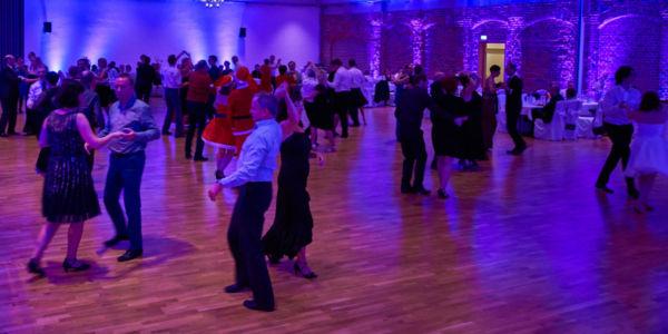 Tanzschule Daniel Kara - Weihnachtstanzparty 2021